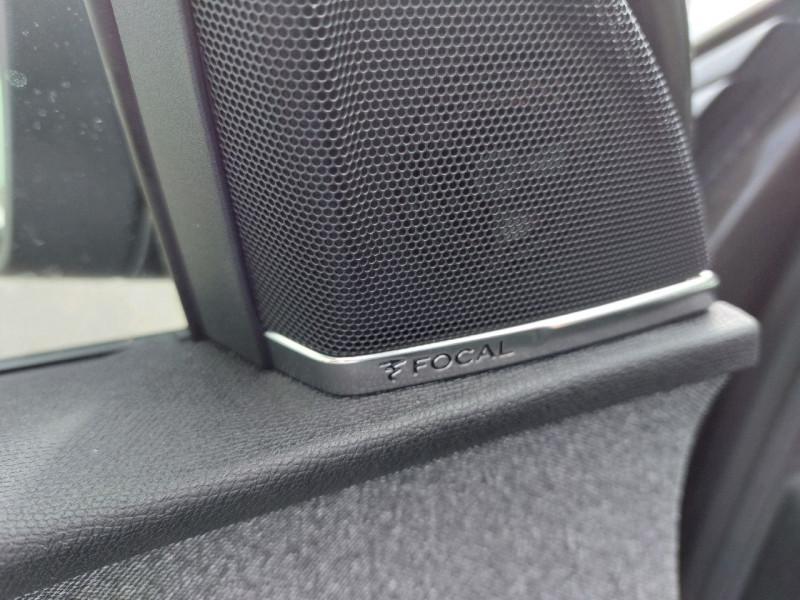 Photo 13 de l'offre de PEUGEOT 3008 2.0 BLUEHDI 150CH GT LINE S&S à 23990€ chez Carlyss automobiles Vitré
