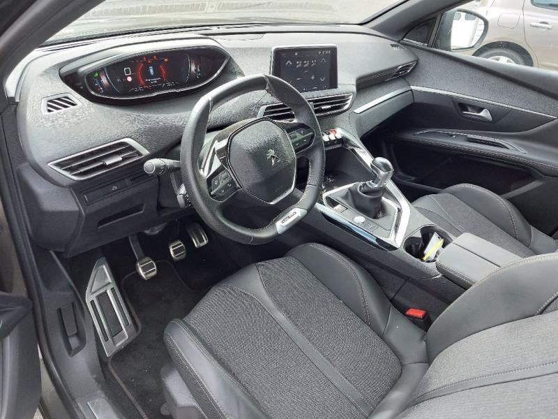 Photo 10 de l'offre de PEUGEOT 3008 2.0 BLUEHDI 150CH GT LINE S&S à 23990€ chez Carlyss automobiles Vitré