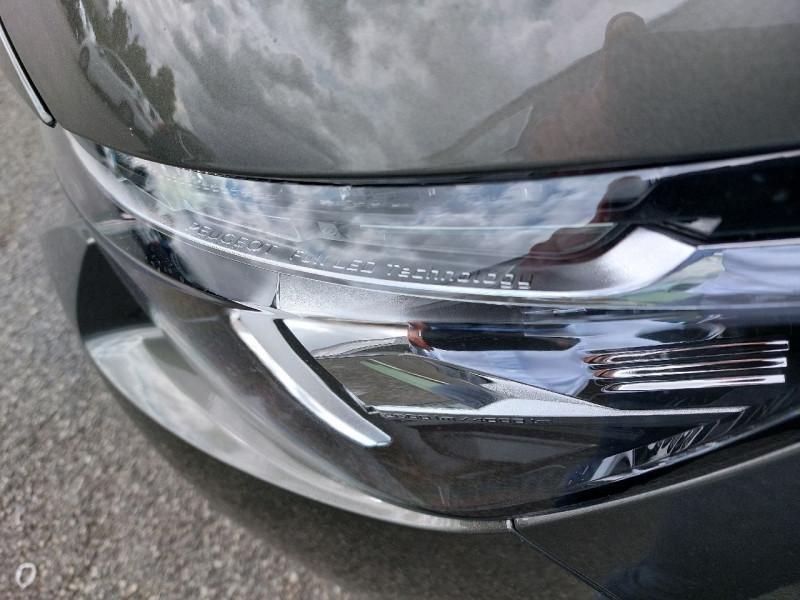 Photo 6 de l'offre de PEUGEOT 3008 2.0 BLUEHDI 150CH GT LINE S&S à 23990€ chez Carlyss automobiles Vitré