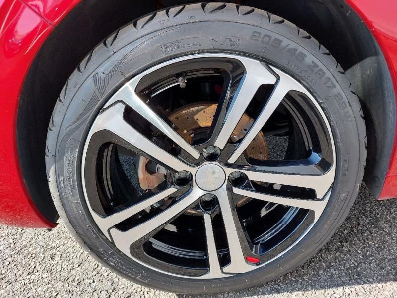 Photo 7 de l'offre de PEUGEOT 208 1.2 PURETECH 110CH GT LINE S&S 3P à 10290€ chez Carlyss automobiles Vitré