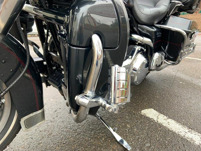 Photo 7 de l'offre de HARLEY-DAVIDSON Electra GLIDE ULTRA CLASSIC 1584 à 11490€ chez Franck motos
