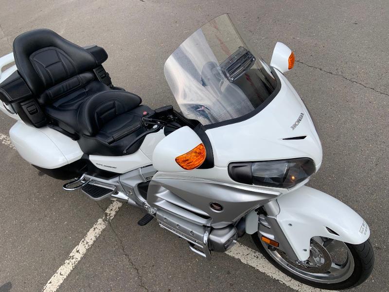 Photo 3 de l'offre de HONDA GL Goldwing 1800 C-ABS 2012 à 15890€ chez Franck motos