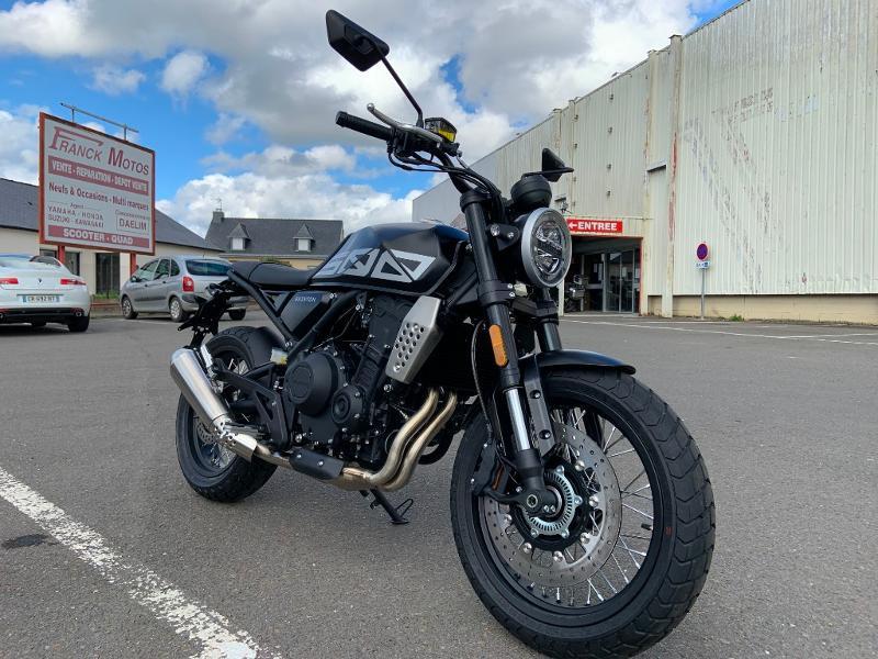 Photo 2 de l'offre de BRIXTON 500 CROSSFIRE X A2 à 6190€ chez Franck motos