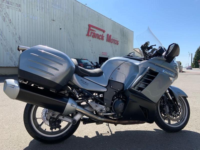 Photo 5 de l'offre de KAWASAKI GTR 1400 à 5990€ chez Franck motos