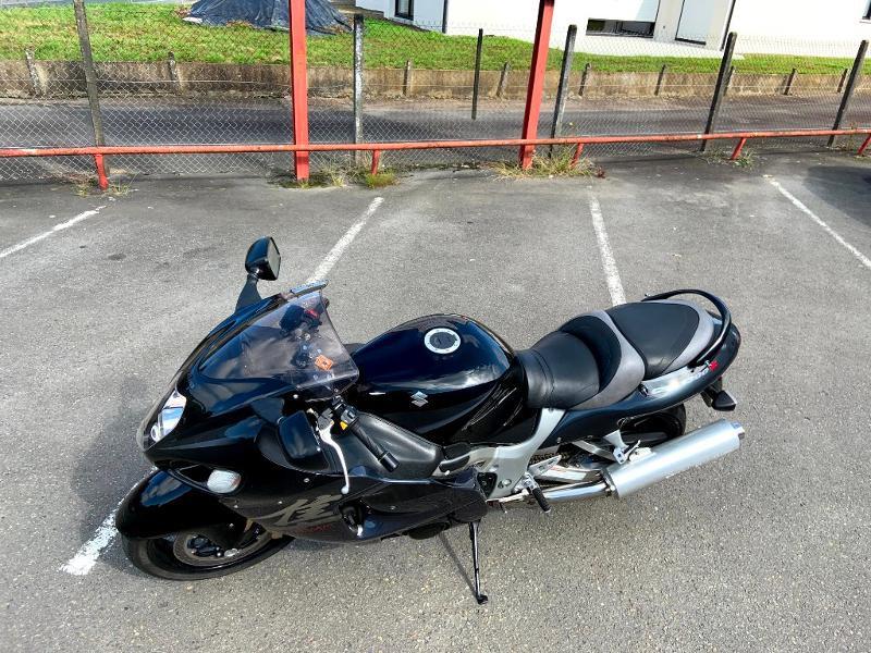 Photo 4 de l'offre de SUZUKI 1300 Hayabusa à 7900€ chez Franck motos