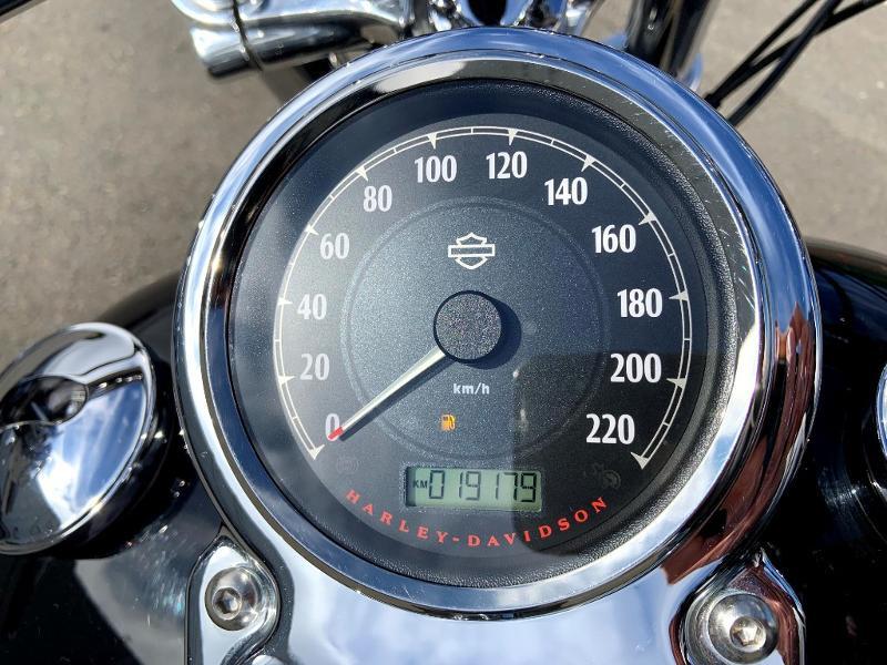 Photo 11 de l'offre de HARLEY-DAVIDSON Dyna Super Glide STAGE 1 à 12890€ chez Franck motos