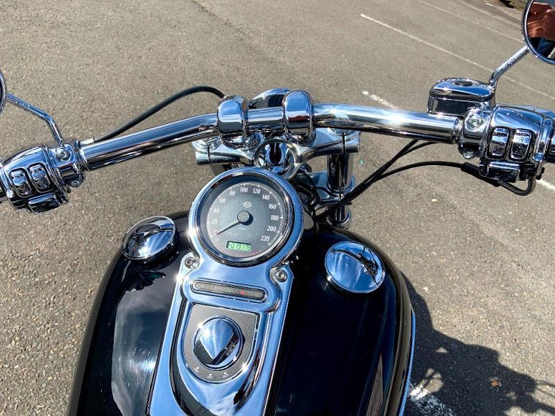 Photo 10 de l'offre de HARLEY-DAVIDSON Dyna Super Glide STAGE 1 à 12890€ chez Franck motos