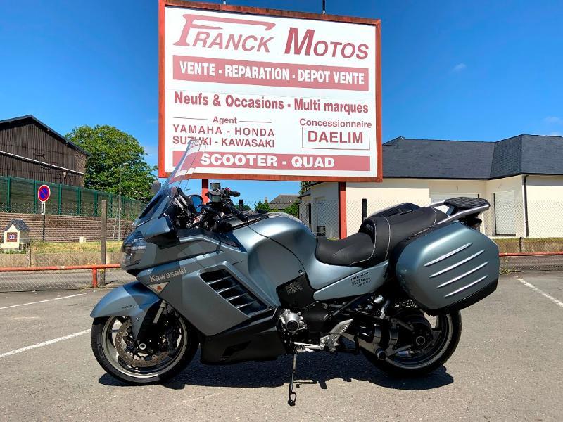 Photo 1 de l'offre de KAWASAKI GTR 1400 à 5990€ chez Franck motos