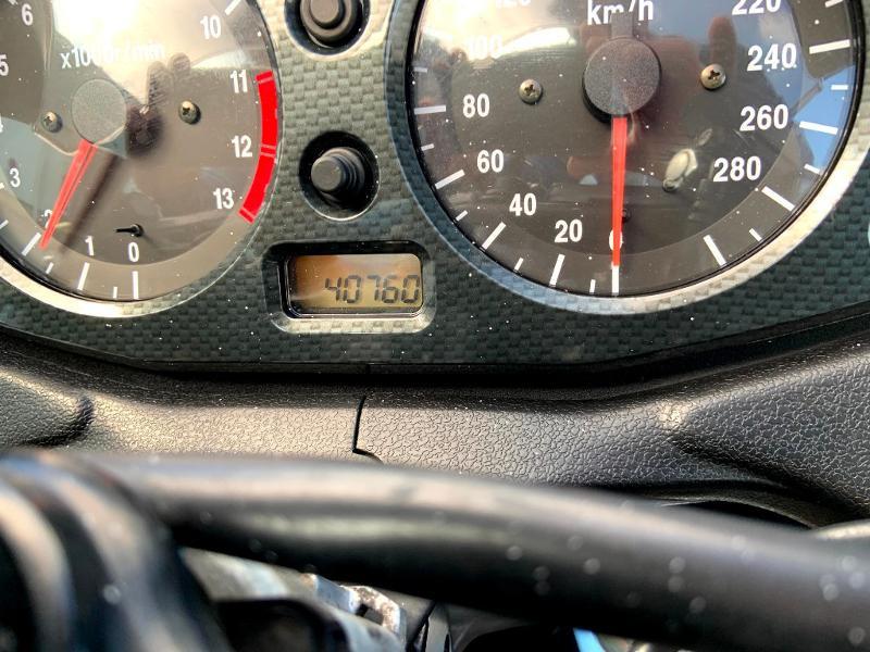 Photo 10 de l'offre de SUZUKI 1300 Hayabusa à 7900€ chez Franck motos