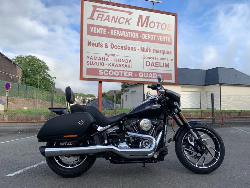 Harley-Davidson Sport GLIDE 1745 STAGE1 1ERE MAIN Essence BLEU FONCE Occasion à vendre