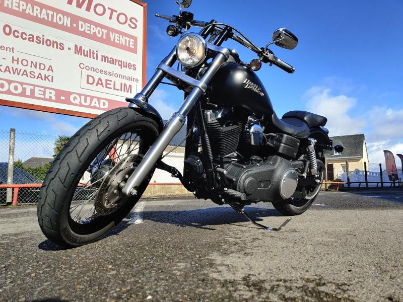 Photo 2 de l'offre de HARLEY-DAVIDSON Dyna Street Bob 1584 STAGE 1 à 11490€ chez Franck motos