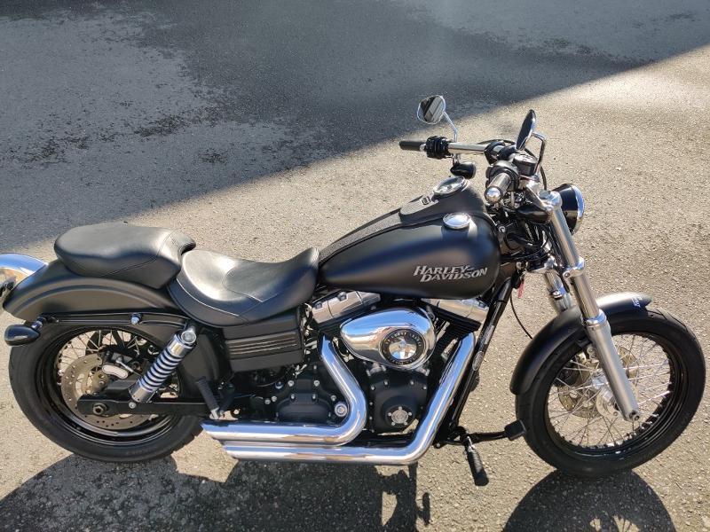 Photo 6 de l'offre de HARLEY-DAVIDSON Dyna Street Bob 1584 STAGE 1 à 11490€ chez Franck motos
