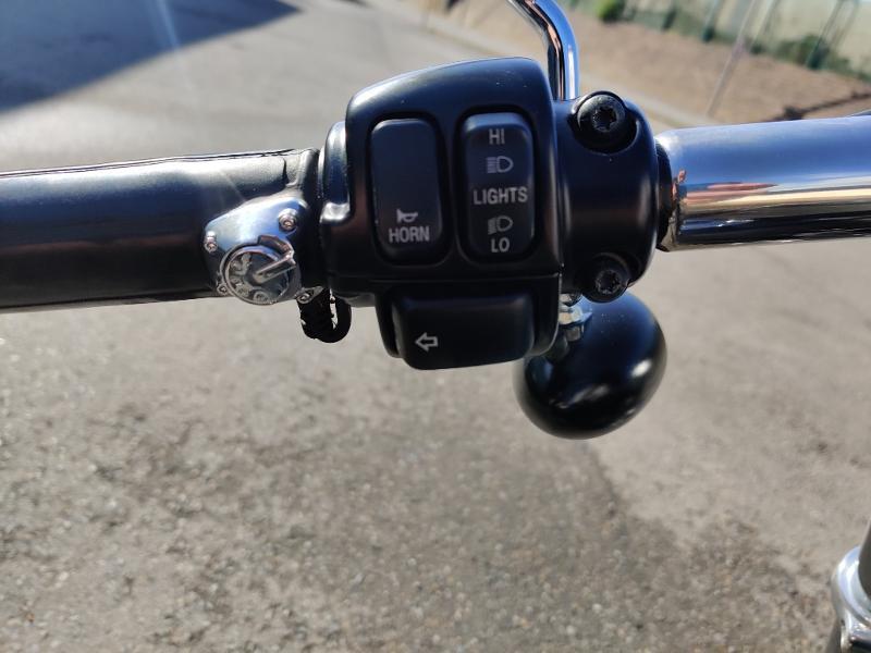 Photo 11 de l'offre de HARLEY-DAVIDSON Dyna Street Bob 1584 STAGE 1 à 11490€ chez Franck motos