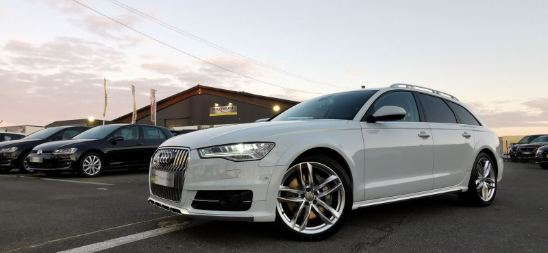 Audi A6 ALLROAD 3.0 V6 BITDI 320CH AVUS QUATTRO TIPTRONIC Diesel BLANC Occasion à vendre