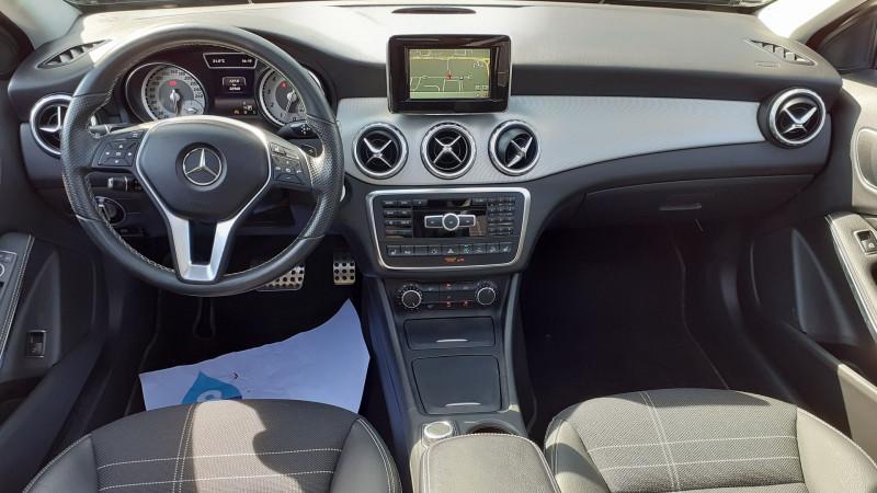 Photo 2 de l'offre de MERCEDES-BENZ CLASSE GLA (X156) 250 SENSATION 4MATIC 7G-DCT à 25990€ chez Maximum Automobiles