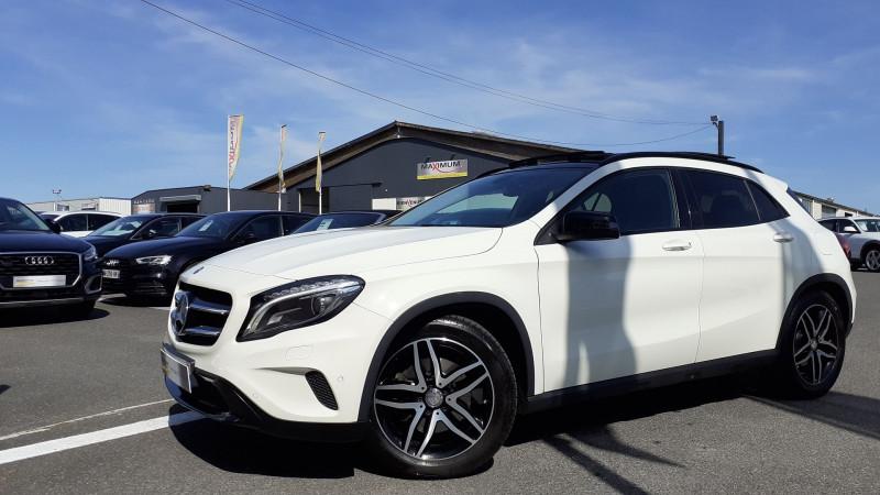 Photo 1 de l'offre de MERCEDES-BENZ CLASSE GLA (X156) 250 SENSATION 4MATIC 7G-DCT à 25990€ chez Maximum Automobiles