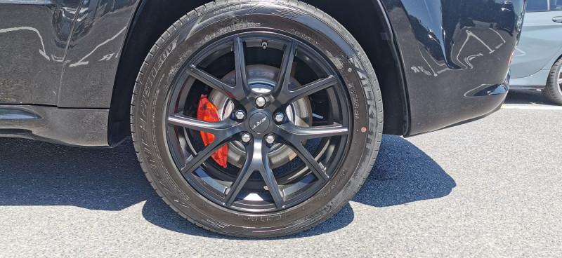 Photo 22 de l'offre de JEEP GRAND CHEROKEE 6.4 V8 HEMI 468CH SRT BVA8 à 44990€ chez Maximum Automobiles