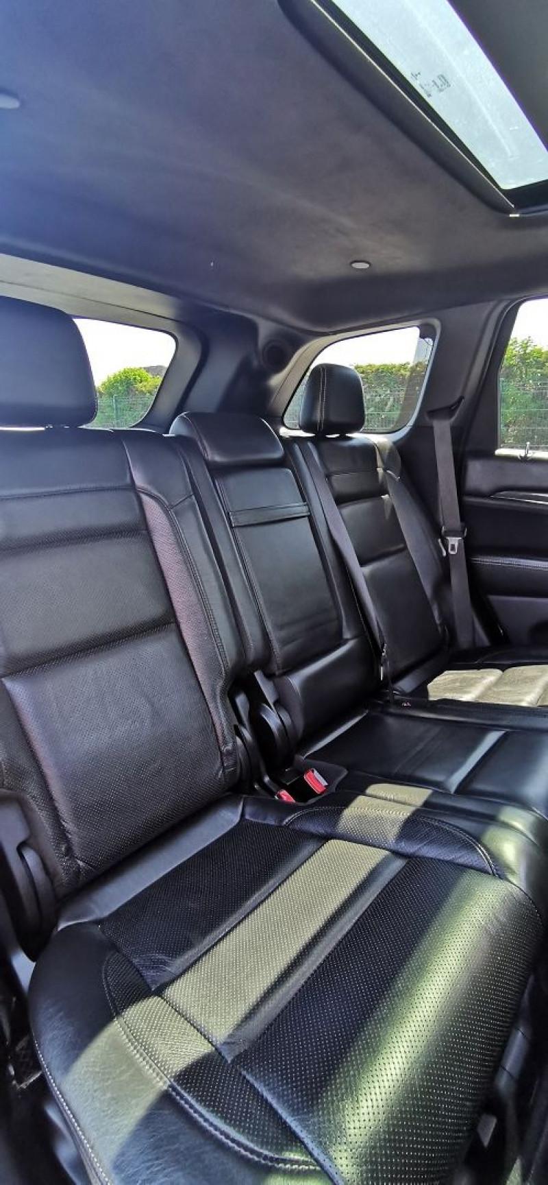 Photo 16 de l'offre de JEEP GRAND CHEROKEE 6.4 V8 HEMI 468CH SRT BVA8 à 44990€ chez Maximum Automobiles