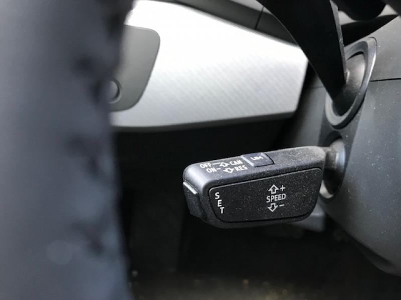 Photo 17 de l'offre de AUDI A4 AVANT 35 TDI 150CH DESIGN S TRONIC 7 EURO6D-T à 31990€ chez NEOVEO