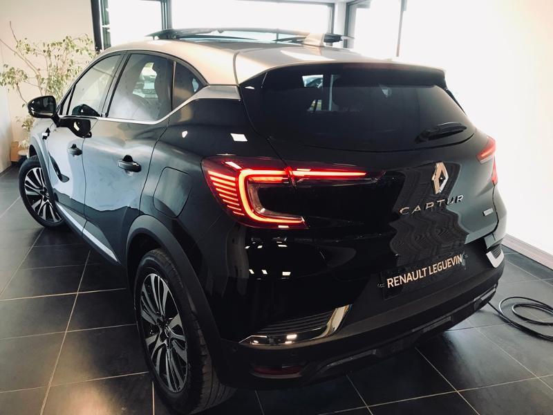 Photo 4 de l'offre de RENAULT Captur 1.6 E-Tech Plug-in 160ch Initiale Paris à 30990€ chez Renault Léguevin Auto distribution occitane