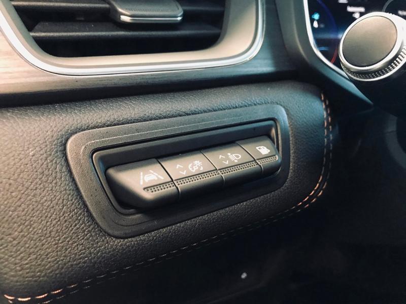 Photo 19 de l'offre de RENAULT Captur 1.6 E-Tech Plug-in 160ch Initiale Paris à 30990€ chez Renault Léguevin Auto distribution occitane