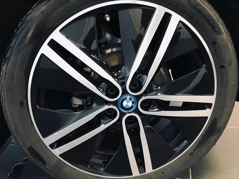 Photo 21 de l'offre de BMW i3 170ch 94Ah (REx) iLife Atelier à 25490€ chez Renault Léguevin Auto distribution occitane