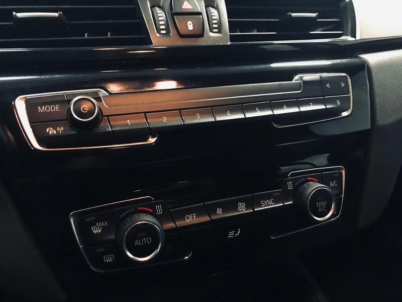 Photo 10 de l'offre de BMW X1 xDrive18d 150ch Business Design à 21490€ chez Renault Léguevin Auto distribution occitane