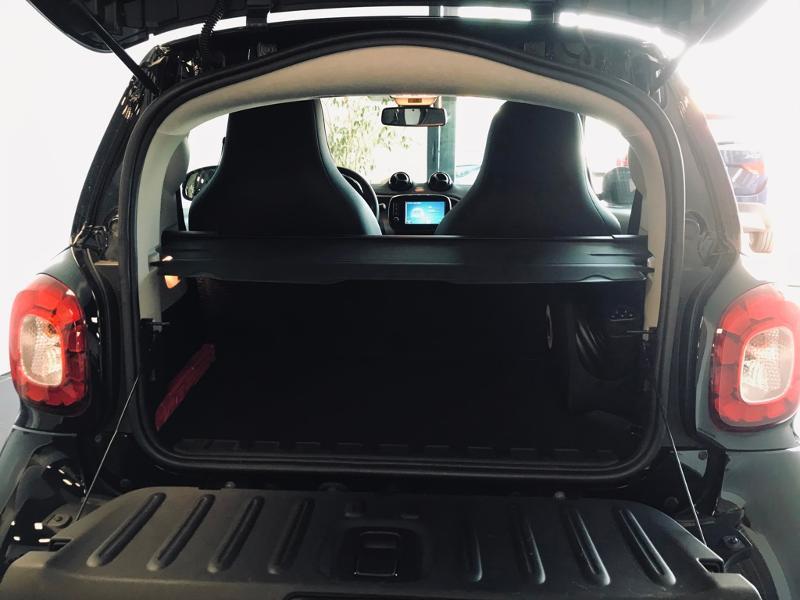Photo 17 de l'offre de SMART Fortwo Coupe Electrique 82ch prime à 13990€ chez Renault Léguevin Auto distribution occitane