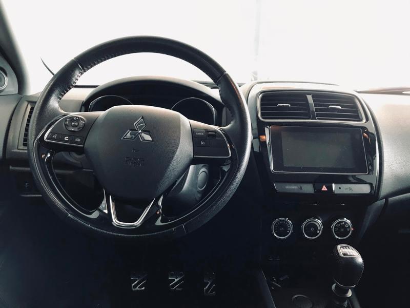 Photo 12 de l'offre de MITSUBISHI ASX 1.6 DI-D 115ch Black Collection 2WD 2018 à 16990€ chez Renault Léguevin Auto distribution occitane
