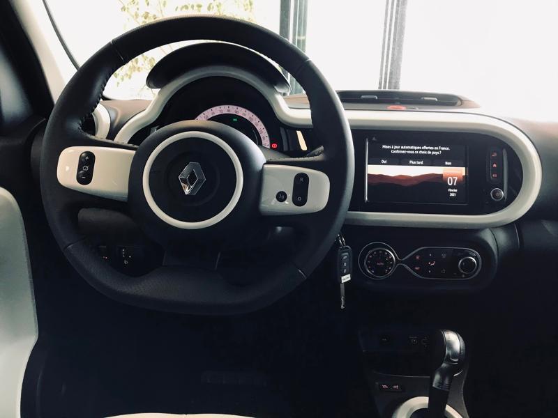 Photo 9 de l'offre de RENAULT Twingo Electric Intens R80 Achat Intégral à 16990€ chez Renault Léguevin Auto distribution occitane