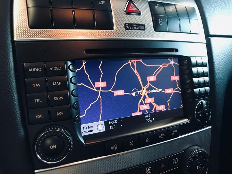 Photo 12 de l'offre de MERCEDES-BENZ Classe CLK 320 CDI Avantgarde 7GTro à 10490€ chez Renault Léguevin Auto distribution occitane
