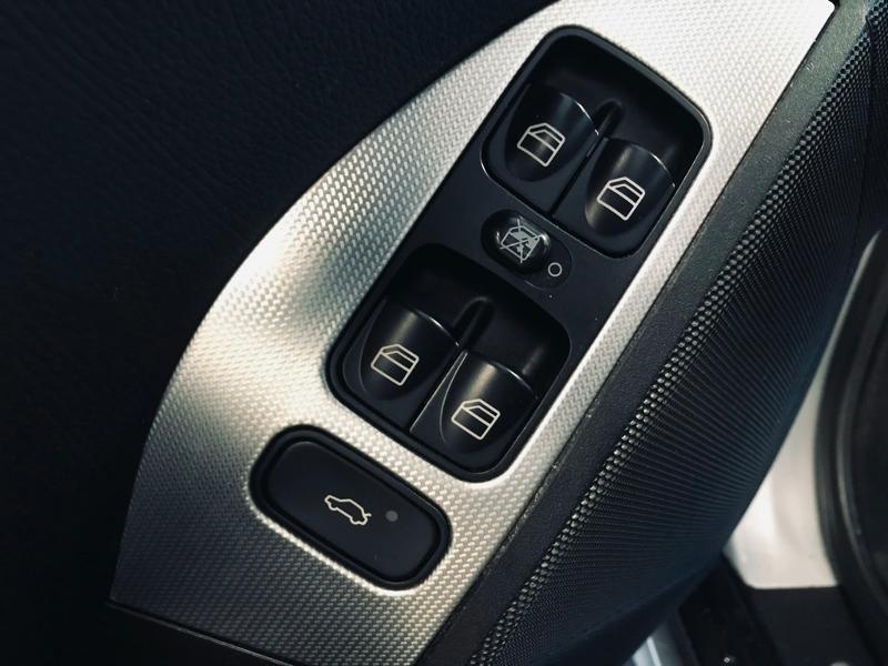 Photo 15 de l'offre de MERCEDES-BENZ Classe CLK 320 CDI Avantgarde 7GTro à 10490€ chez Renault Léguevin Auto distribution occitane