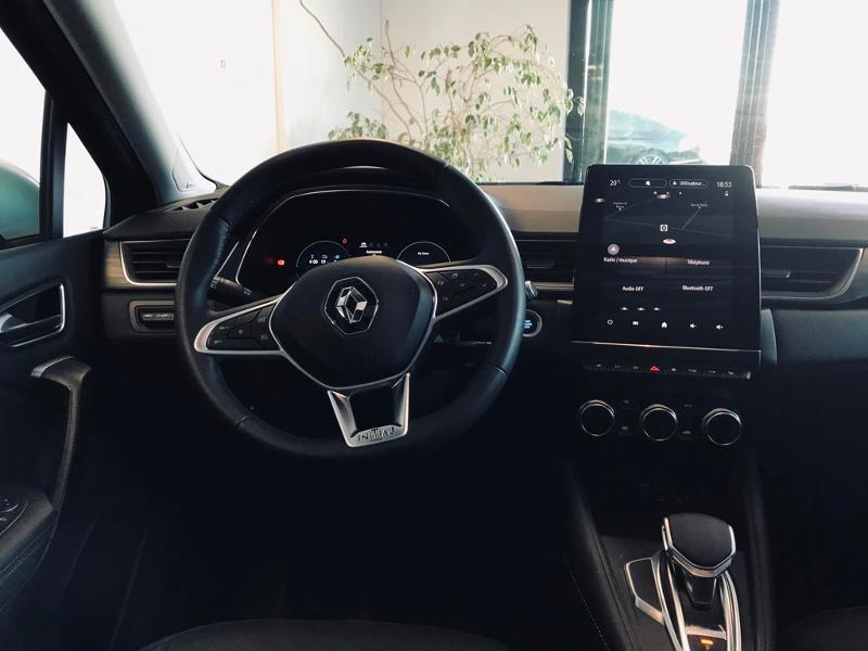 Photo 10 de l'offre de RENAULT Captur 1.6 E-Tech Plug-in 160ch Initiale Paris à 30990€ chez Renault Léguevin Auto distribution occitane