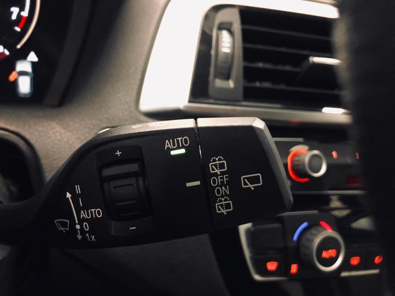 Photo 14 de l'offre de BMW Serie 1 118iA 136ch UrbanChic 3p à 21490€ chez Renault Léguevin Auto distribution occitane