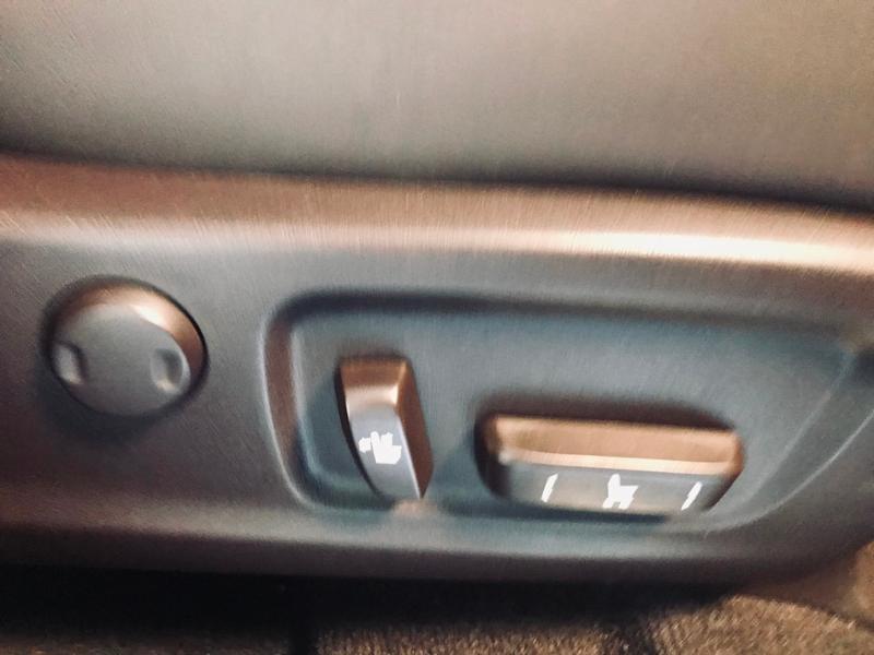 Photo 18 de l'offre de LEXUS RX 450h 4WD Luxe à 35490€ chez Renault Léguevin Auto distribution occitane
