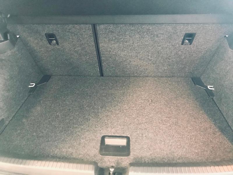 Photo 20 de l'offre de VOLKSWAGEN Polo 1.0 TSI 95ch Copper Line Euro6d-T à 18490€ chez Renault Léguevin Auto distribution occitane