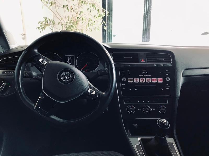 Photo 9 de l'offre de VOLKSWAGEN Golf SW 1.6 TDI 115ch FAP BlueMotion Technology Confortline Business à 12490€ chez Renault Léguevin Auto distribution occitane