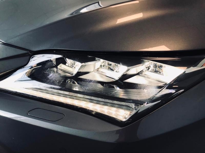 Photo 4 de l'offre de LEXUS RX 450h 4WD Luxe à 35490€ chez Renault Léguevin Auto distribution occitane
