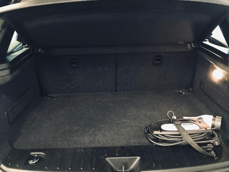 Photo 20 de l'offre de BMW i3 170ch 94Ah (REx) iLife Atelier à 25490€ chez Renault Léguevin Auto distribution occitane