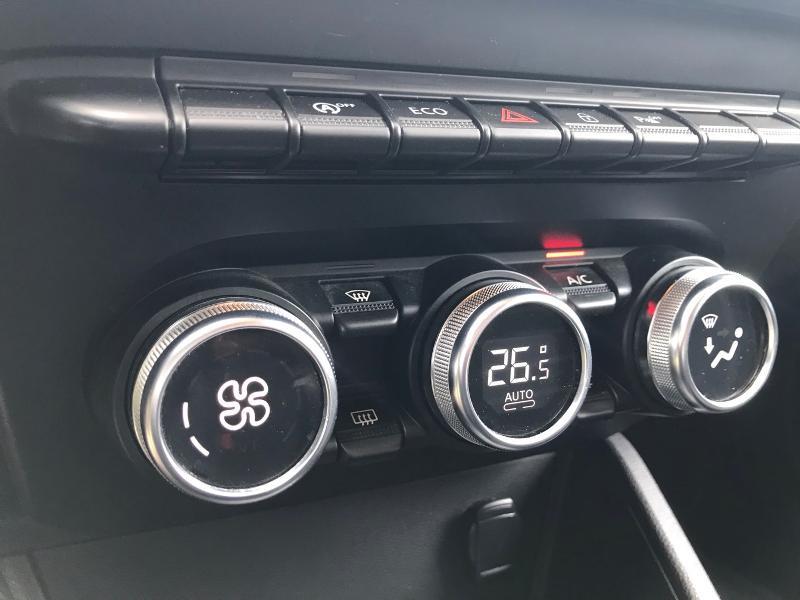 Photo 13 de l'offre de DACIA Duster 1.5 Blue dCi 115ch Prestige 108g 4x2 - 19 à 16990€ chez Renault Léguevin Auto distribution occitane