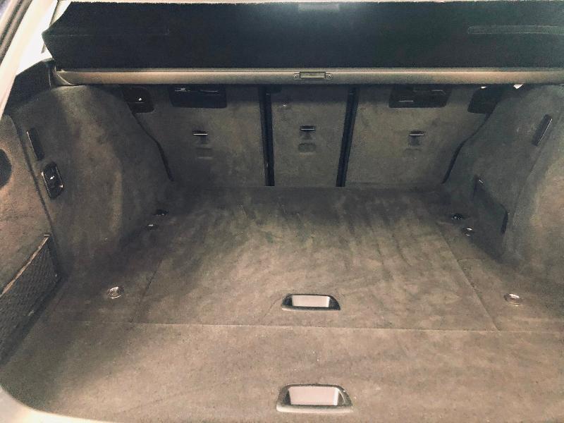 Photo 19 de l'offre de BMW Serie 3 Touring 318d 150ch Business Design à 23990€ chez Renault Léguevin Auto distribution occitane
