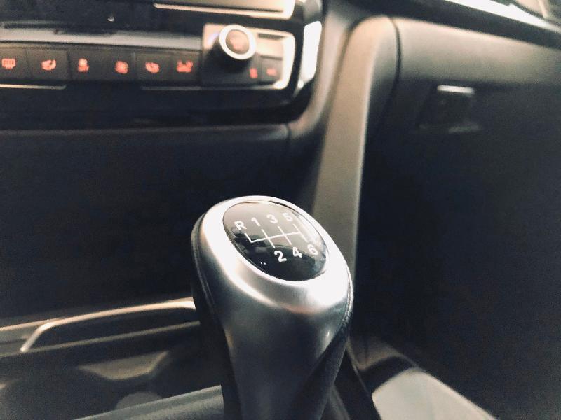 Photo 14 de l'offre de BMW Serie 3 Touring 318d 150ch Business Design à 23990€ chez Renault Léguevin Auto distribution occitane