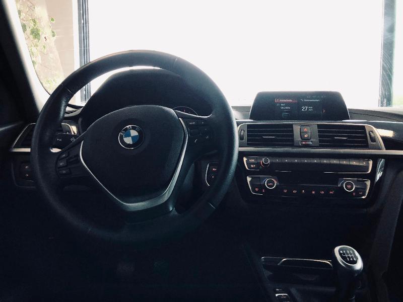 Photo 8 de l'offre de BMW Serie 3 Touring 318d 150ch Business Design à 23990€ chez Renault Léguevin Auto distribution occitane