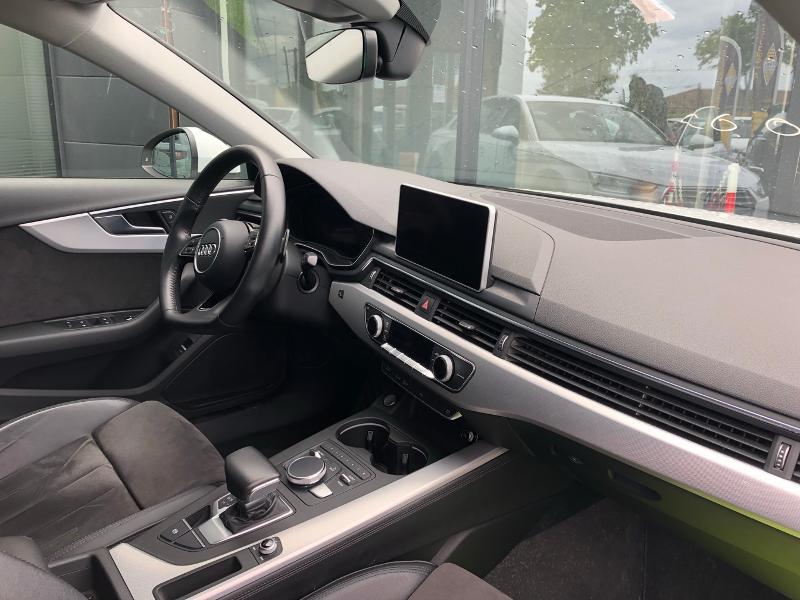 Photo 6 de l'offre de AUDI A4 2.0 TDI 150ch Design Luxe S tronic 7 à 26490€ chez Renault Léguevin Auto distribution occitane