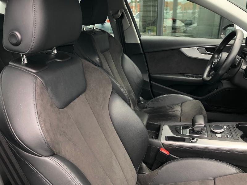Photo 9 de l'offre de AUDI A4 2.0 TDI 150ch Design Luxe S tronic 7 à 26490€ chez Renault Léguevin Auto distribution occitane