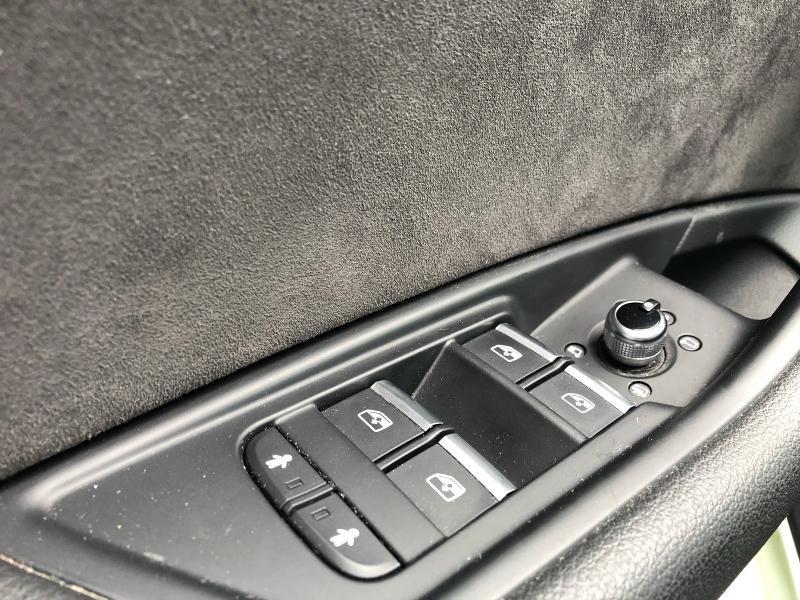 Photo 15 de l'offre de AUDI A4 2.0 TDI 150ch Design Luxe S tronic 7 à 26490€ chez Renault Léguevin Auto distribution occitane