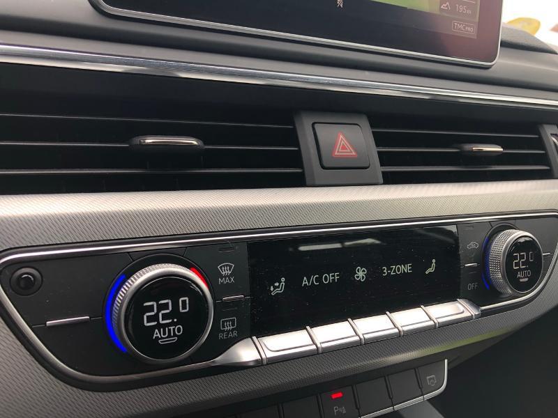 Photo 20 de l'offre de AUDI A4 2.0 TDI 150ch Design Luxe S tronic 7 à 26490€ chez Renault Léguevin Auto distribution occitane