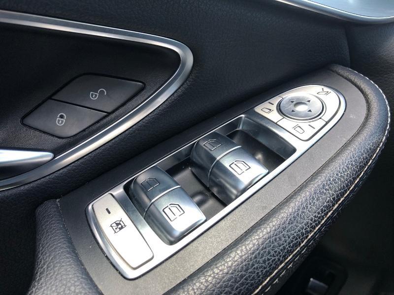 Photo 13 de l'offre de MERCEDES-BENZ GLC 350 e 211+116ch Executive 4Matic 7G-Tronic plus à 39990€ chez Renault Léguevin Auto distribution occitane