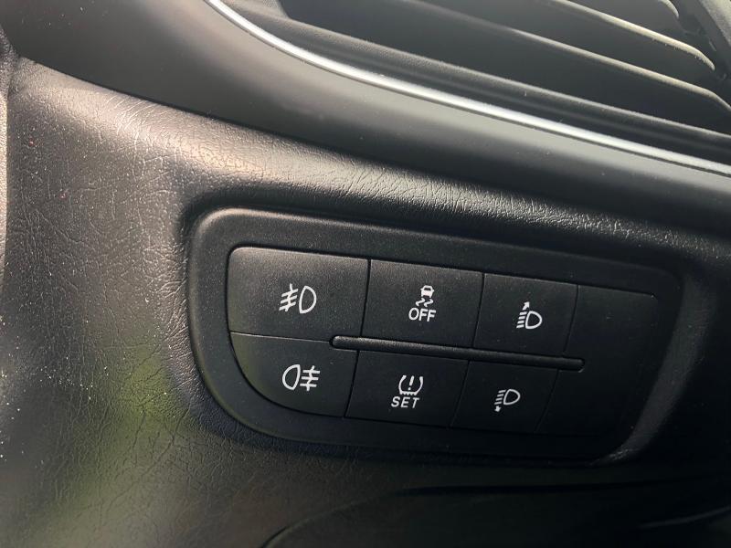 Photo 19 de l'offre de FIAT Tipo SW 1.6 MultiJet 120ch Business S/S MY19 à 14490€ chez Renault Léguevin Auto distribution occitane