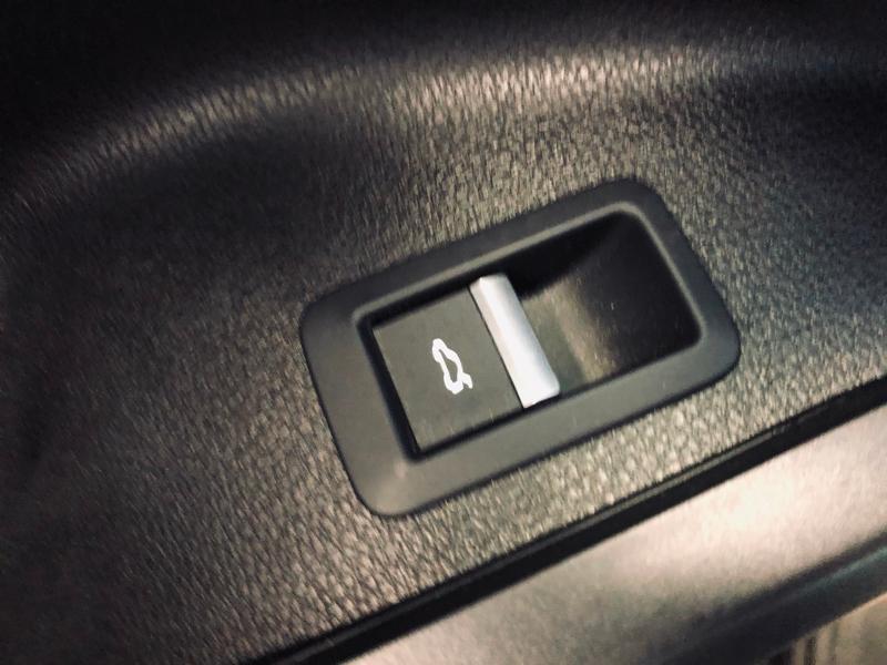 Photo 19 de l'offre de AUDI Q5 2.0 TDI 150ch Business Executive à 25490€ chez Renault Léguevin Auto distribution occitane